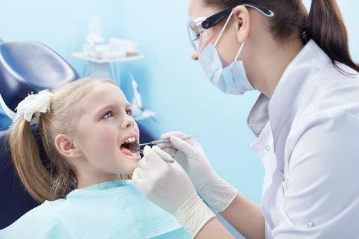 Удаление корня зуба у детей